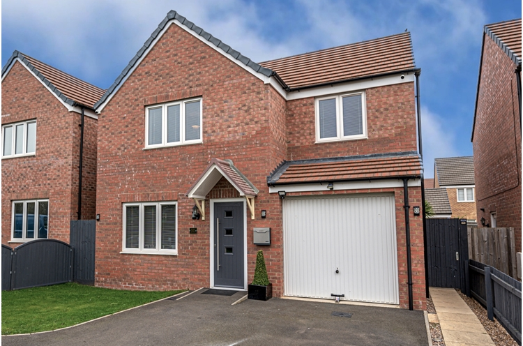 Carriage Close, Desborough, Kettering