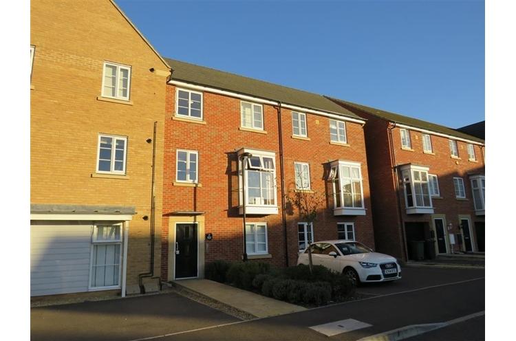 Molyneux Square, Hampton Vale, Peterborough