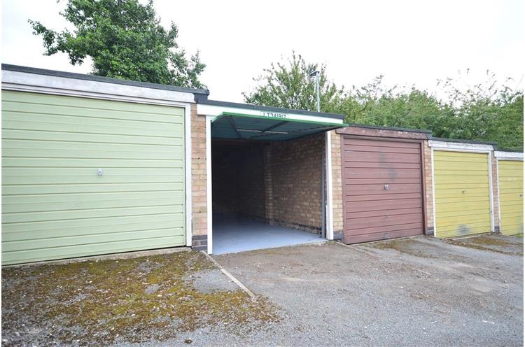 Warwick Close, Market Harborough