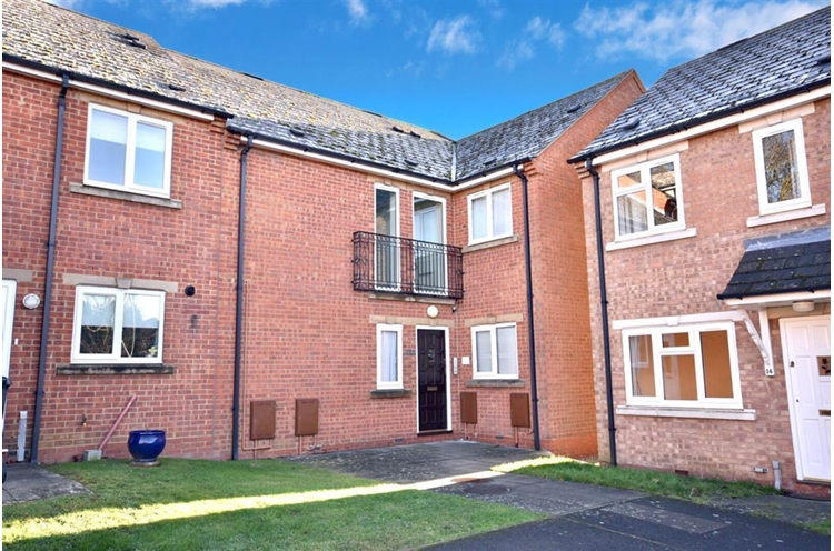 Plough Close, Rothwell, KETTERING