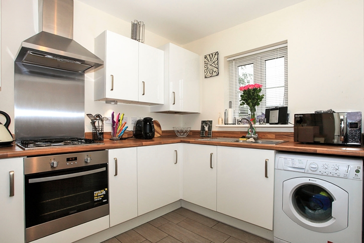 towgood close  helpston  peterborough 4 bedroom detached 3 bed house to rent in peterborough uk